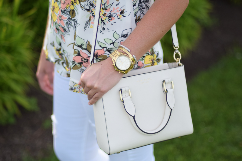White Henri Bendel bags make the best summer accessory.