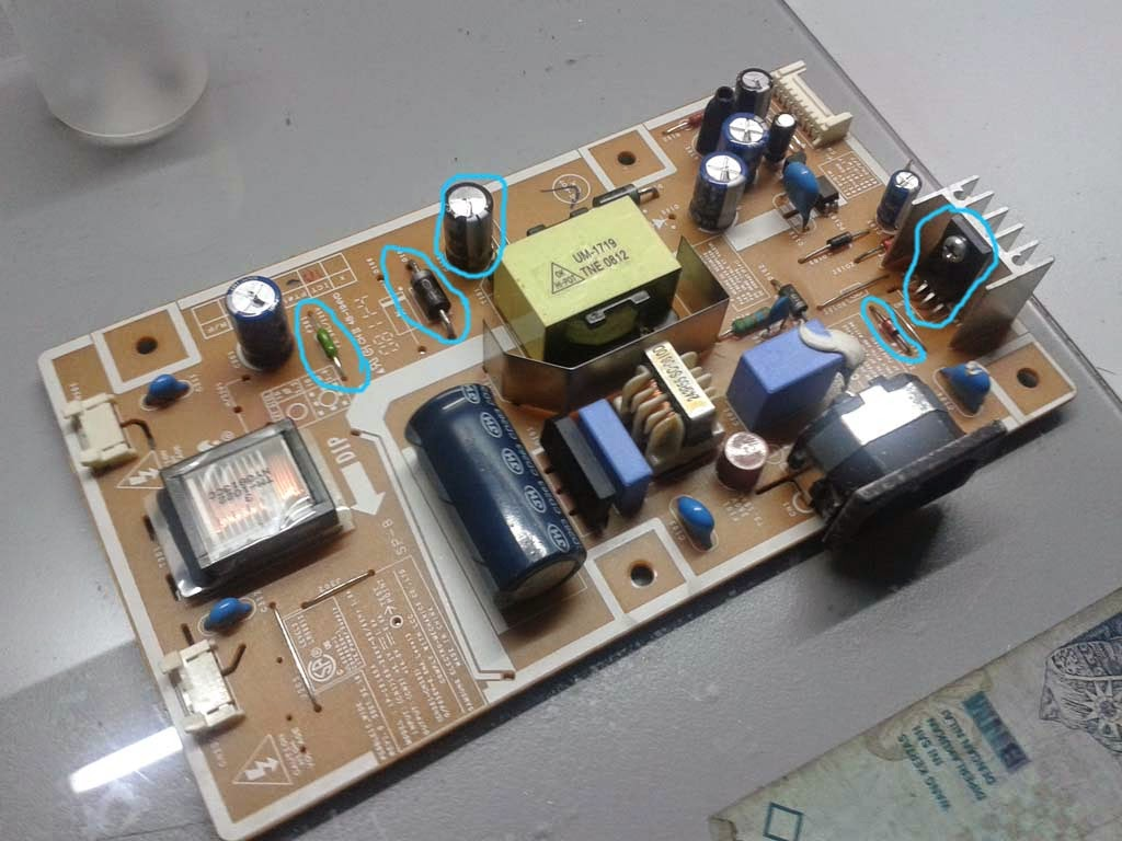 A Samsung SyncMaster 732NW Monitor came in last 3 weeks into my workshop  after getting struck by lightning. This is what happen to the power supply  board.