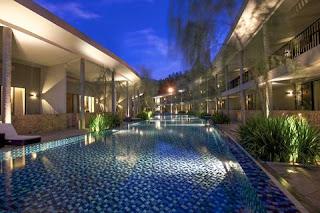 Foto Hotel Green NEO Savana Sentul