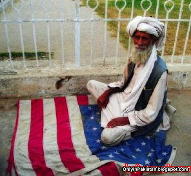 funny pathan offering prayer on american flag