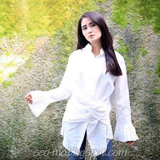 Photo Terbaru Ryana Dea Terbaru Cantik Banget