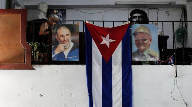 Cuba's new president names cabinet resembling Castro's