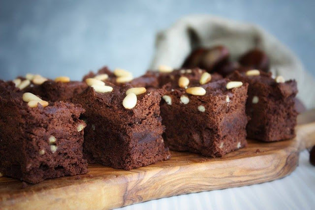 brownies con castagne e cioccolato