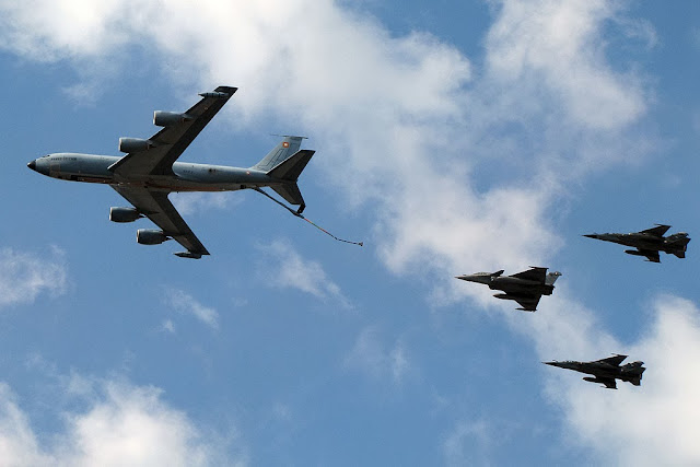 Boeing C135, one Rafale, two Mirages F1CR, Bastille Day flyby, Paris