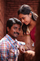 Sri Divya in Varutha Padatha Valibar Sangam Movie Stills