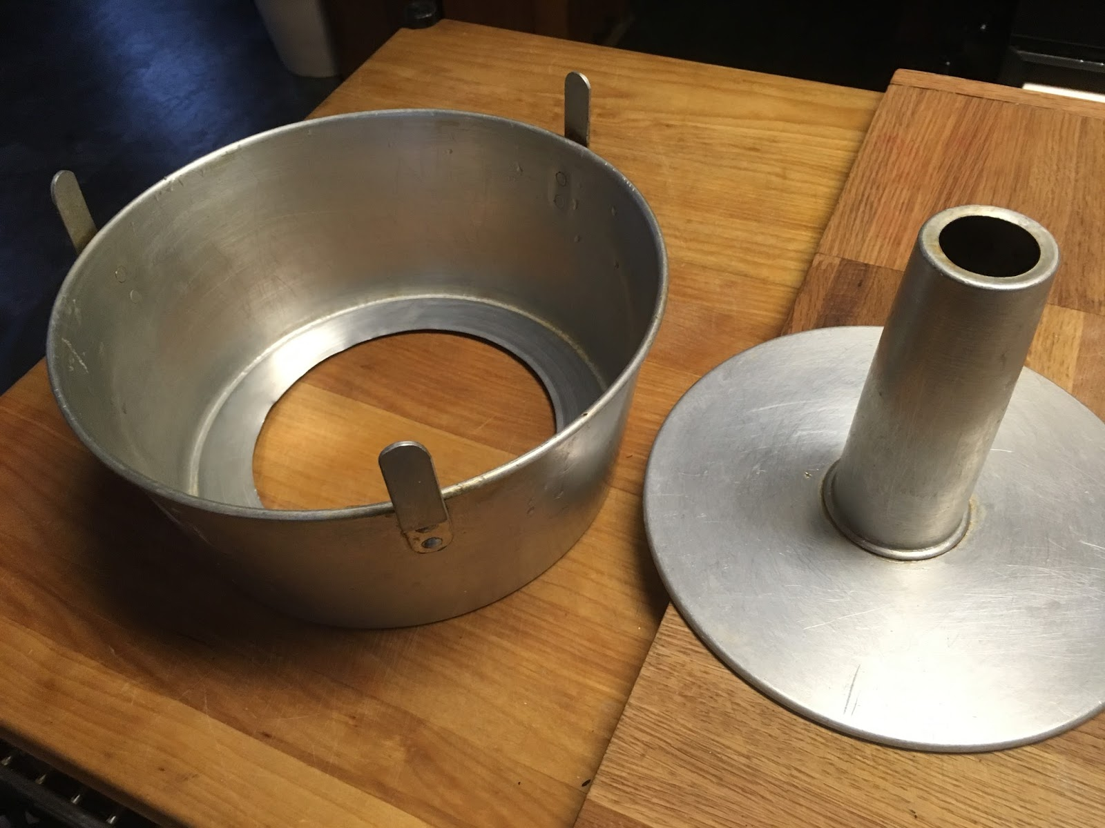 Angel Food Cake Pan Removal