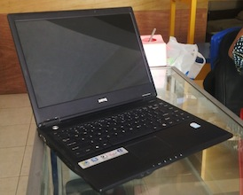 jual laptop beaks benq joy book r43e