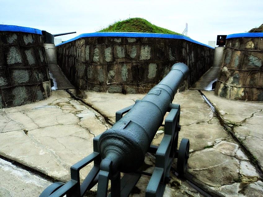 Canhão no Forte Marechal Luz, em São Francisco do Sul