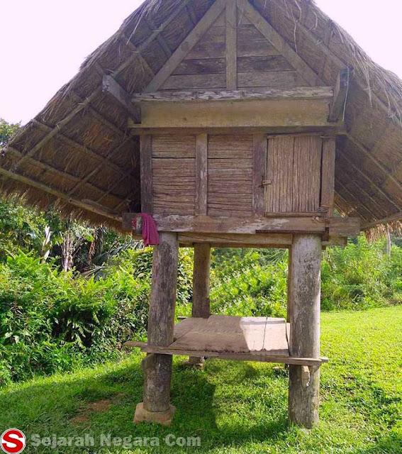 Foto Rumah alang Sulawesi Barat