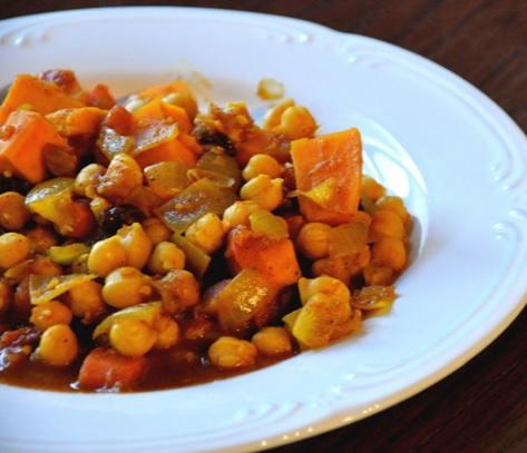 Vegetarian Sweet Potato Curry Soup