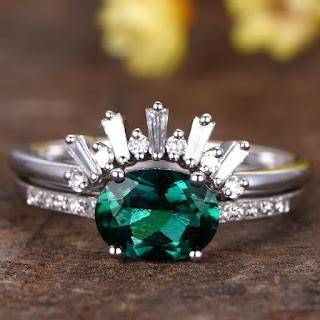 6x8mm oval cut lab-treated emerald engagement ring set,2pcs bridal rings,14k white gold diamond wedding ring,crown matching band,diamond set