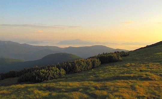 Widok w stronę Gór Choczańskich.