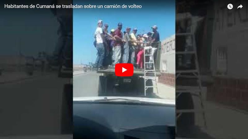 Habitantes de Cumaná se trasladan sobre un camión de volteo por falta de transportes