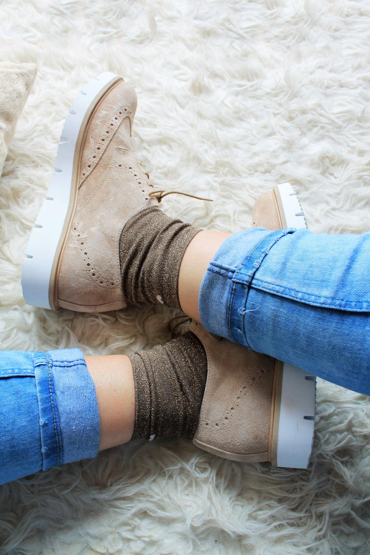 calzini-glitter-stringate-beige-Patrizia-Azzi