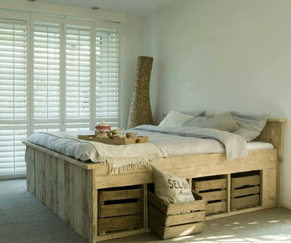 Beds Made With Wooden Pallets 3