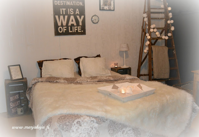 Makuuhuone ennen remonttia