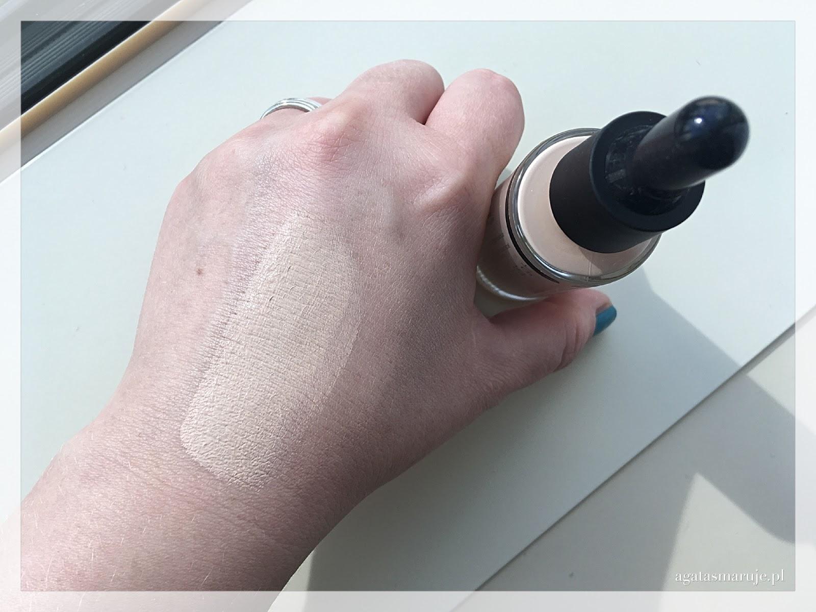 Bell Nude Liquid Powder odcień 02 swatche