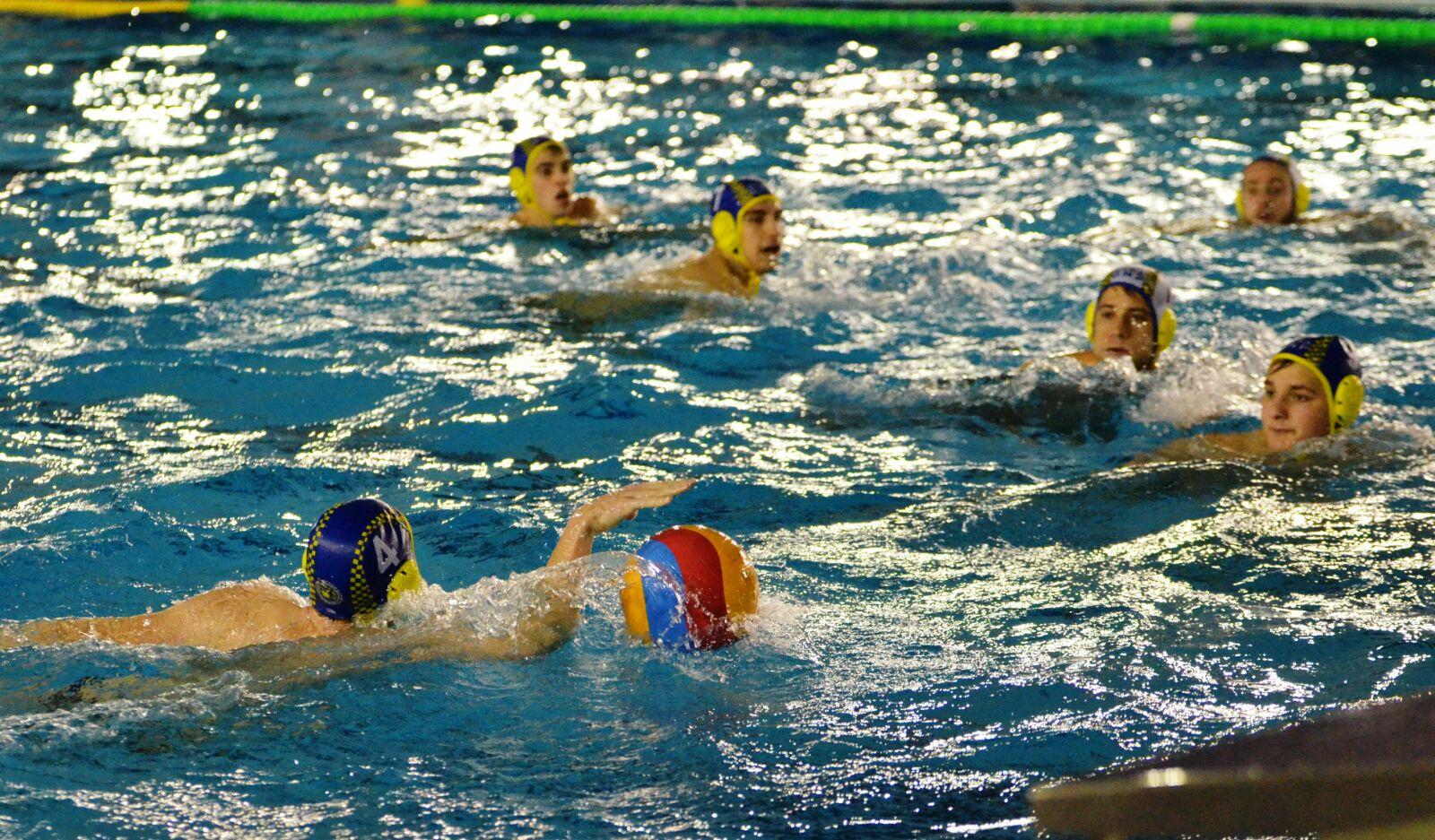 Club waterpolo castell partido de segunda divisi n nacional cn n utica portugalete vs cw castell - Piscinas de portugalete ...
