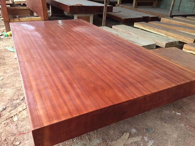 gỗ lát giá