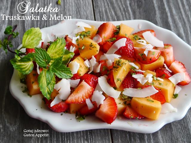 Sałatka owocowa na lato truskawka & melon & mięta - Czytaj więcej »