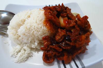 Tian Fu Ren Jia (天府人家), sweet and sour pork rice (咕老肉饭)
