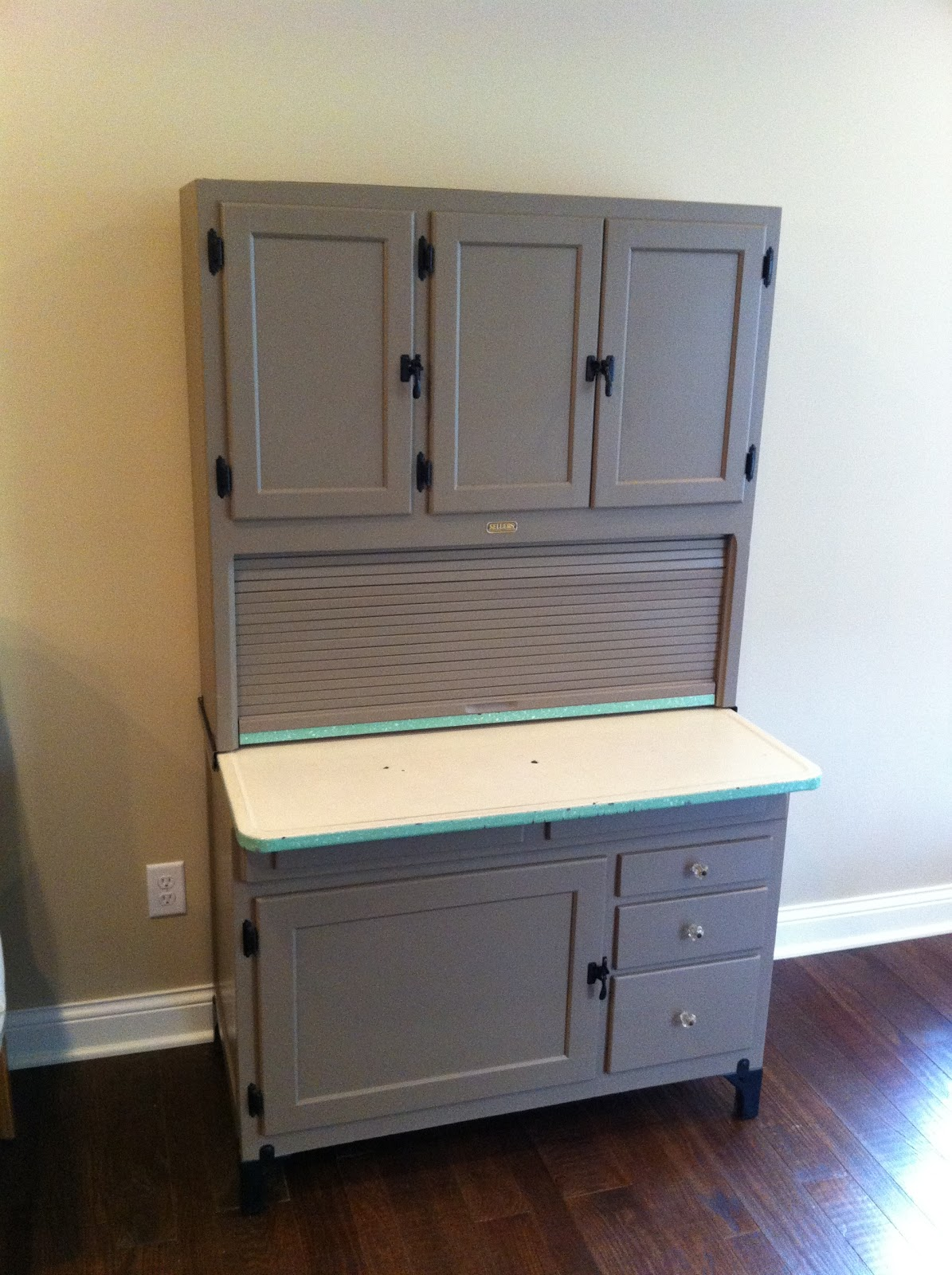 Chad S Workshop Sellers Cabinet Finally Done