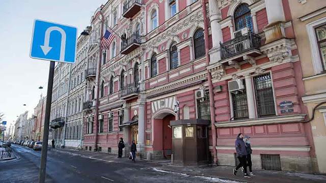 A EE.UU. no les gusta que Rusia también les expulsara 60 diplomáticos y les cerrara un consulado