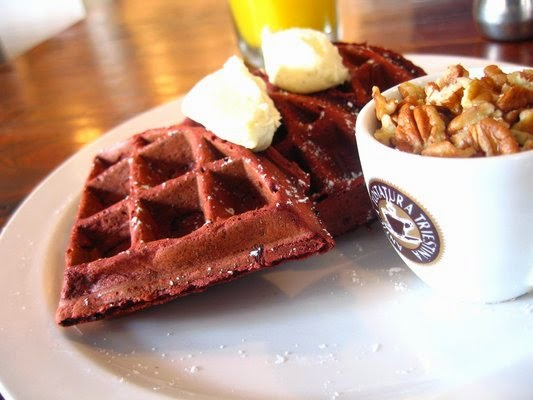 Christopher Stewart, Eating Fabulously, fried chicken and red velvet waffles
