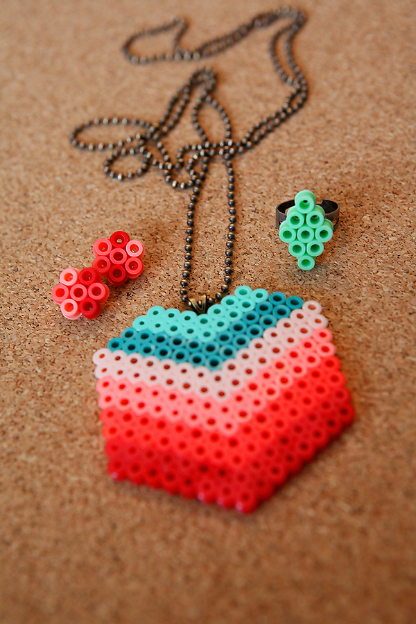 Perler Beads DIY Jewelry Tutorial - learn how to make fun, inexpensive jewelry! from eighteen25 via www.thirtyhandmadedays.com