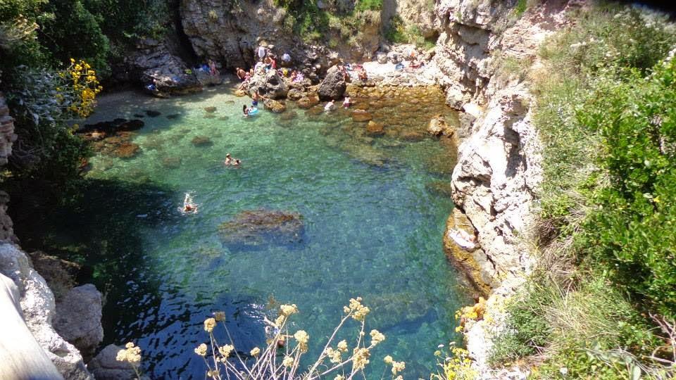 The thrifty gypsy 39 s travels swimming in the bagni della regina giovanna - Bagno della regina giovanna ...