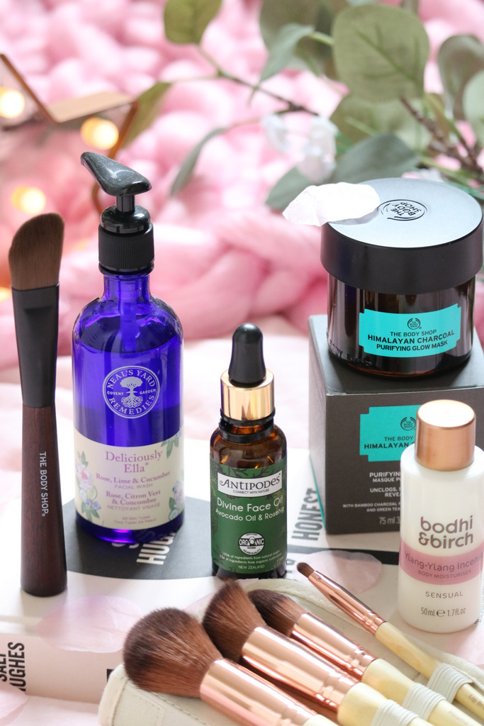 Organic Beauty Week + Natural Brands - www.ofbeautyandnothingness.co.uk