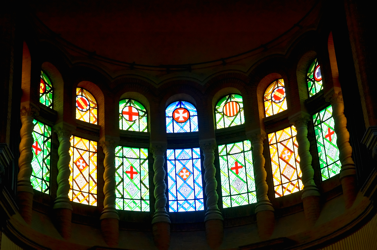 Modernist Stained Glass Windows: Fundacio Dr. Robert, Casa de Convalescencia de Sant Pau, Barcelona