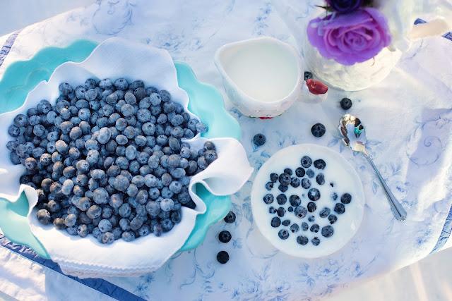 blueberries, blood pressure, fruits