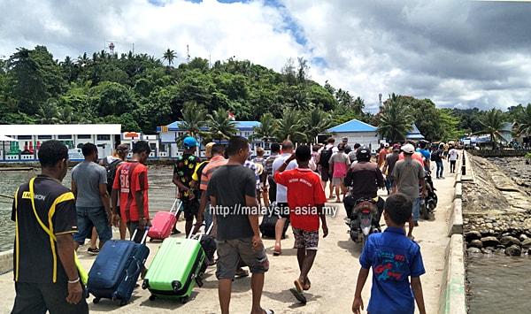 Pelabuhan Sorong Papua Barat