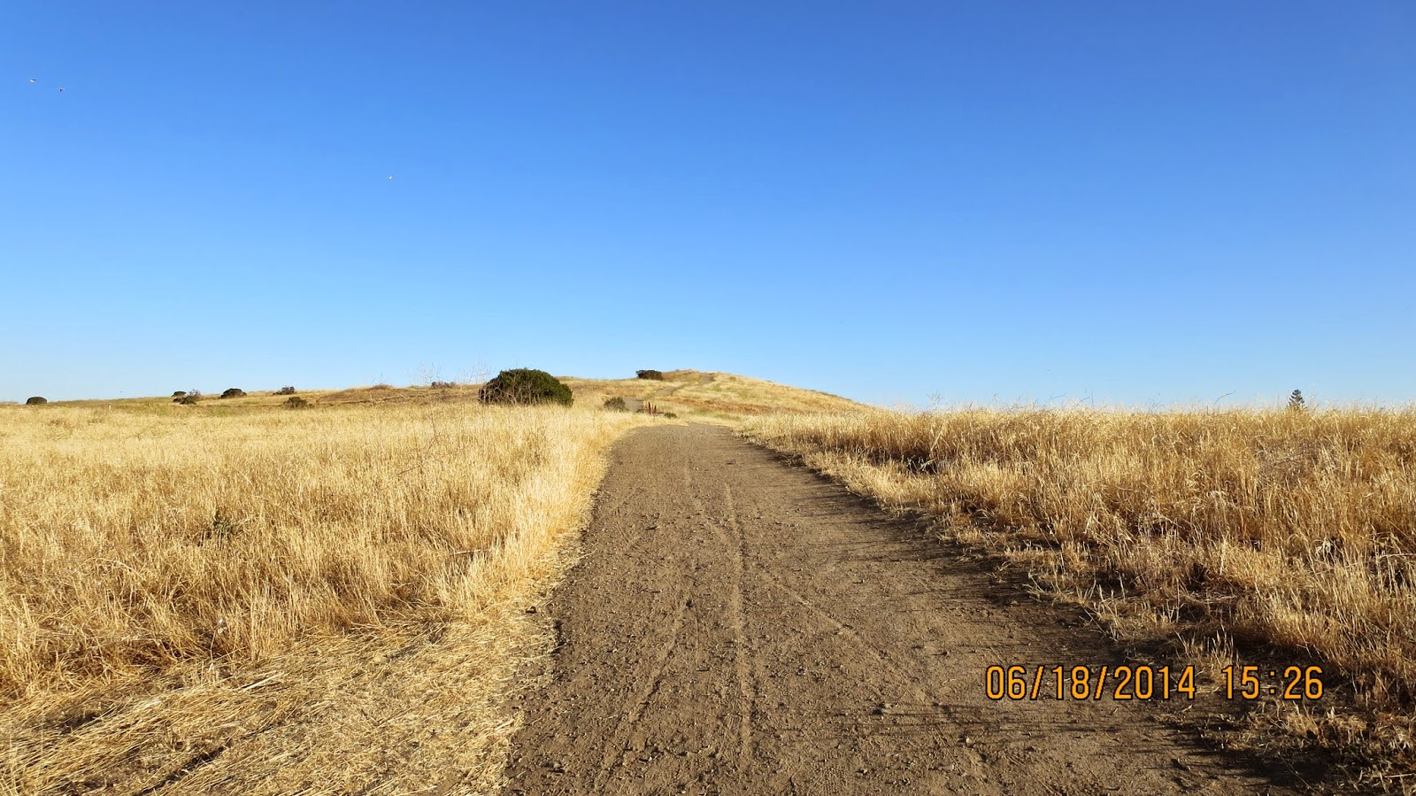 Trail at Vista Slope in Mountain View, California