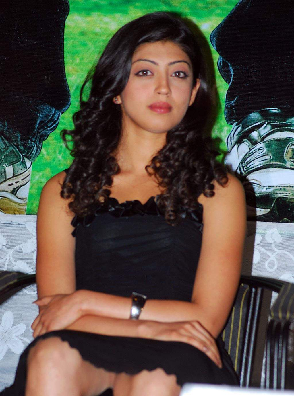 Telugu Actress Pranitha Hot Photos Gallery - Indian Film -3042