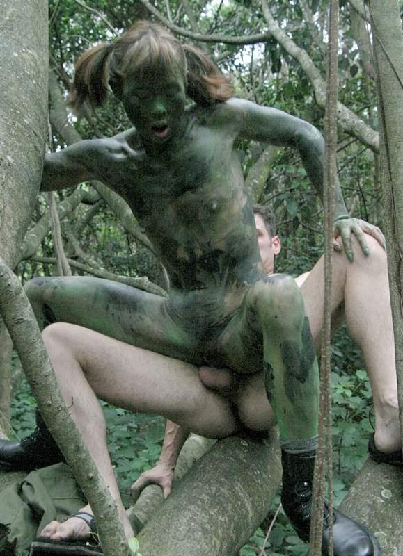 Primitif Women Fuck In Jungle 104