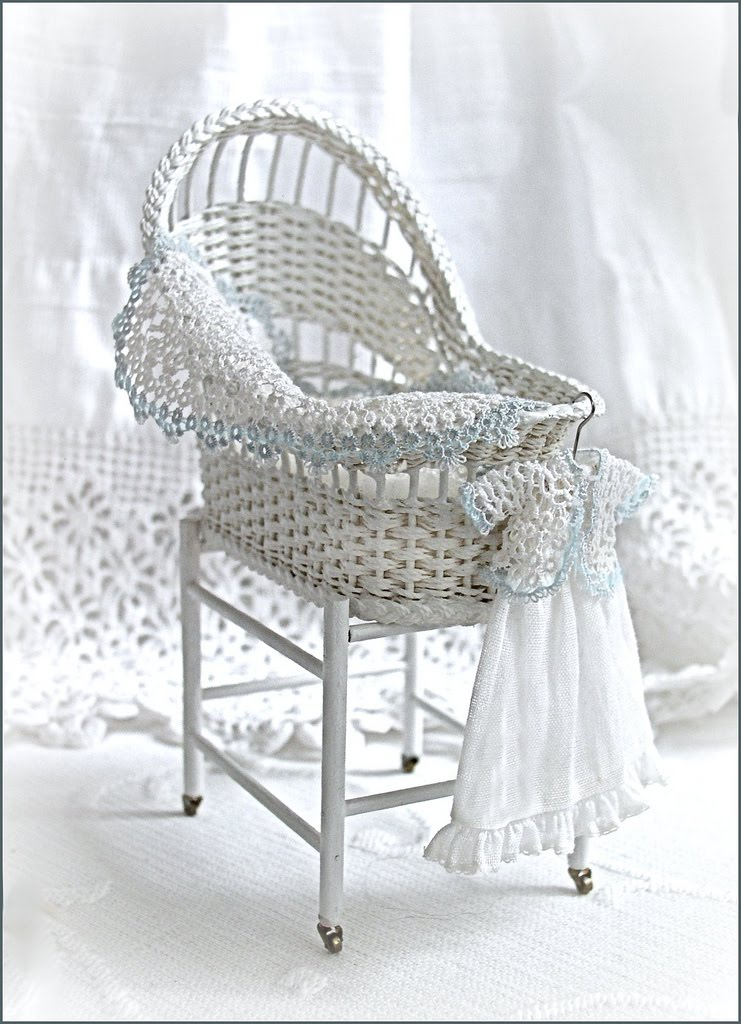 Hither Thither and Yon 112 scale miniature wicker