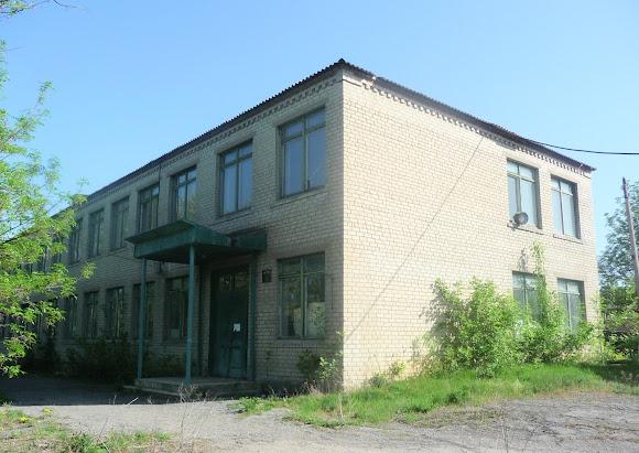 Алексеево-Дружковка. Улица Тореза. Закрытая школа № 14