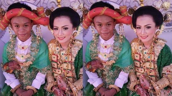 Foto: Andini dan Arling, ABG Kelas 1 SMA Menikah Yang Bikin Geger Warganet