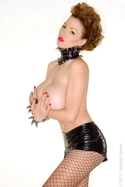 Jordan-Carver-Bionic-sexiest-Photoshoot-image-28