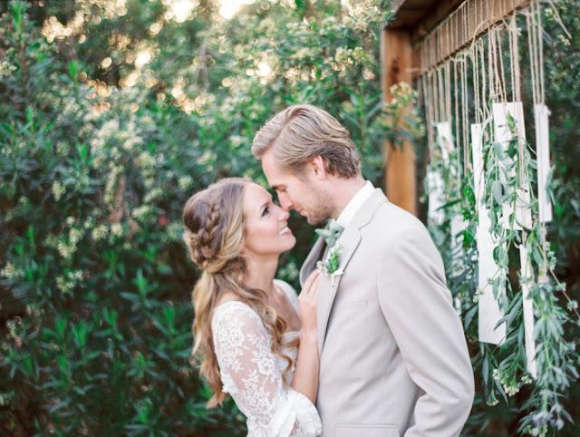 Suknia ślubna rustykalna, Ślub rustykalny, wesele rustykalne, dekoracje weselne rustykalne, wesele w stylu rustykalnym