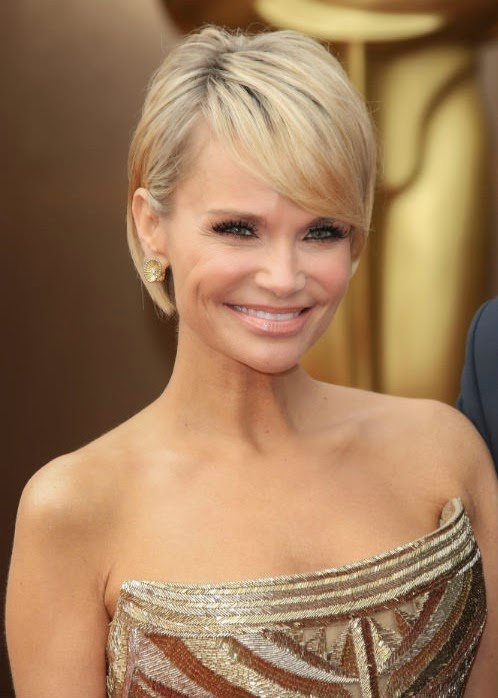 9 Hairstyles That Will Make You Want Short Hair With Bangs}