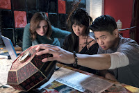 Joey King, Ki Hong Lee and Alice Lee in Wish Upon (11)