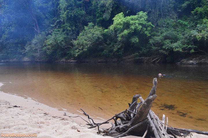 Lokasi tempat mandi Lubuk Simpon, Sungai Tahan Taman Negara Pahang