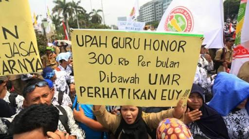 Kepung Istana Negara, Guru Honorer: Jokowi Bohong