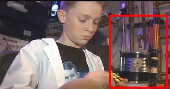 Los materiales utilizados por Max para realizar su invento no superan los 15 dólares. Podemos ver en el recuadro rojo lo que utilizó.