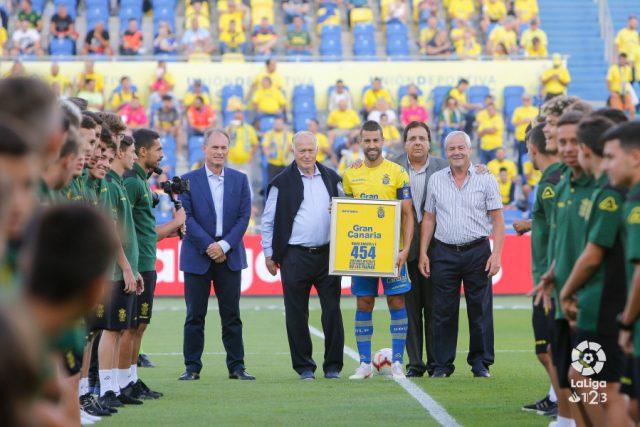 David García fue homenajeado por su record de partidos con UD