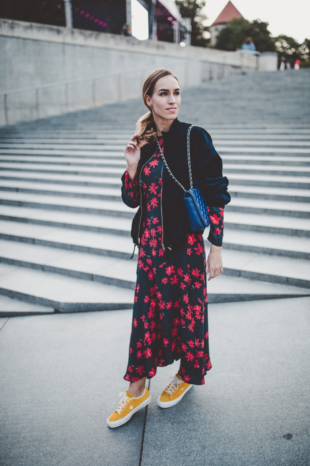 floral print midi dress fall outfit