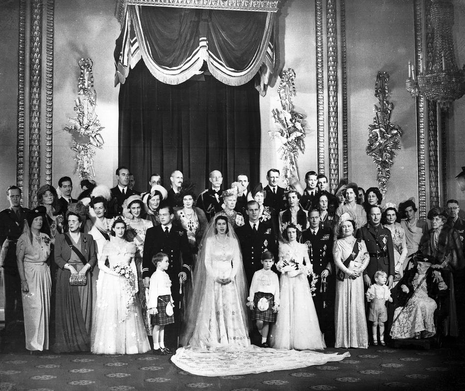 Queen Wedding: Old Wedding Photos Of Princess (Now Queen) Elizabeth And